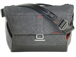 Peak Design Everyday Messenger 15 inches Bag  Charcoal
